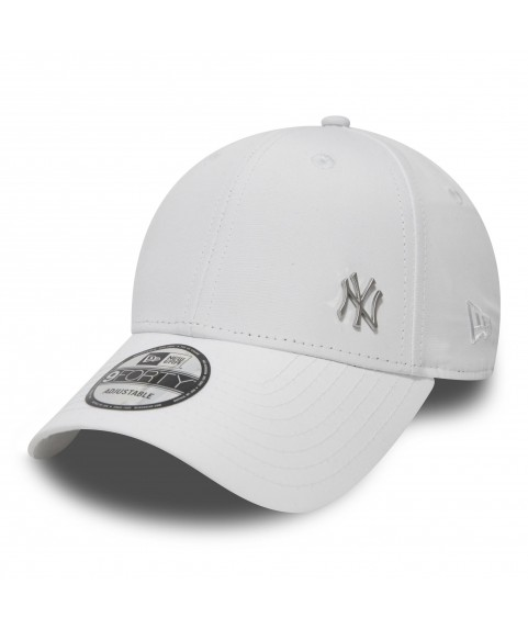 9FORTY NEW YORK YANKEES METAL LOGO CAP WHITE